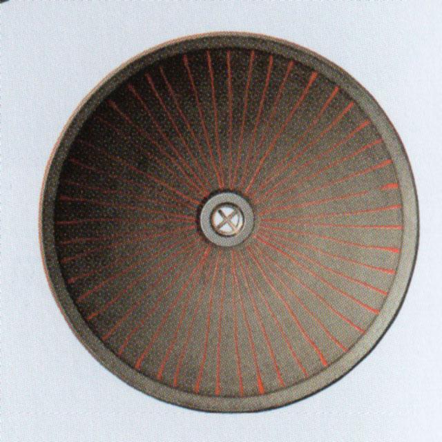 自作で陶器製 洗面器 -庭に鉢の底に穴を開けた様な …