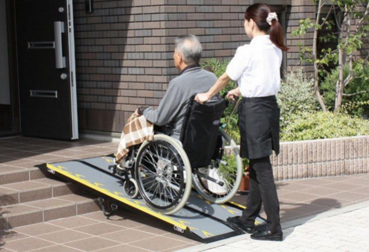 車椅子用 スロープ ランダルコーポレーション スマートスロープ150cm CA-S150の画像