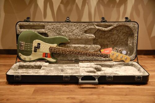 Fender American Professional PB