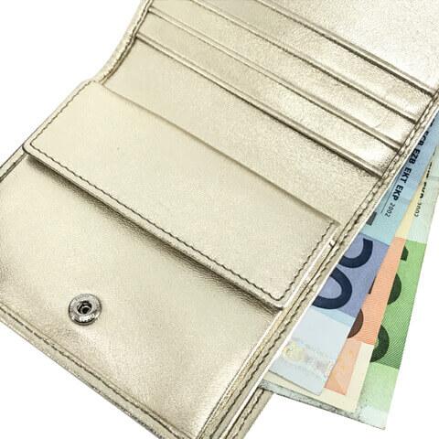 ミュウミュウ 折り財布