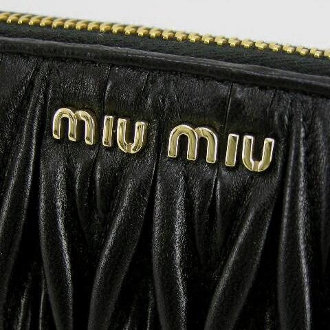 ミュウミュウ 長財布