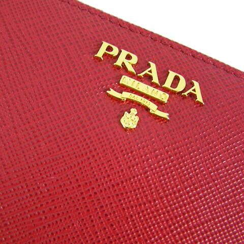 プラダ 長財布