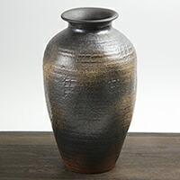 焼締つぼ型花瓶