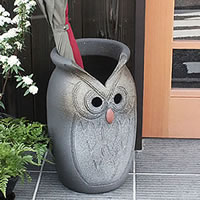 茶フクロウ彫り壷型