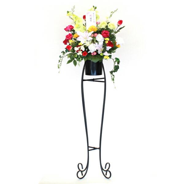 バラと胡蝶蘭のゴージャスなフラワーアレンジメント スタンド付