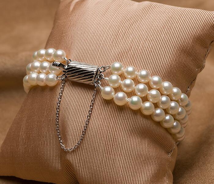 【真珠の本場 伊勢志摩よりお届け】淡い色目が美しい♪5.5-6.0mmあこや本真珠3連パールブレスレット【bl0115】