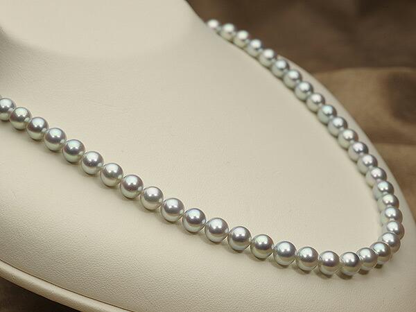 【真珠の本場 伊勢志摩よりお届け】艶やかな輝き♪6.5〜7.0mm あこや本真珠シルバーグレーパールネックレス【nc0067】(左側)
