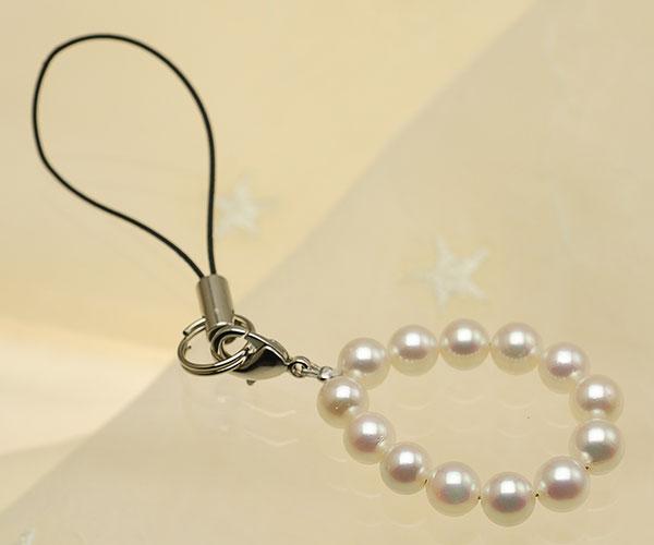 【真珠の本場 伊勢志摩よりお届け】華やかなピンク♪あこや本真珠(6.0mm珠 13個使用)  パール携帯ストラップ【st0016】