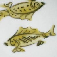 色絵コマニ双魚文皿・須田菁華