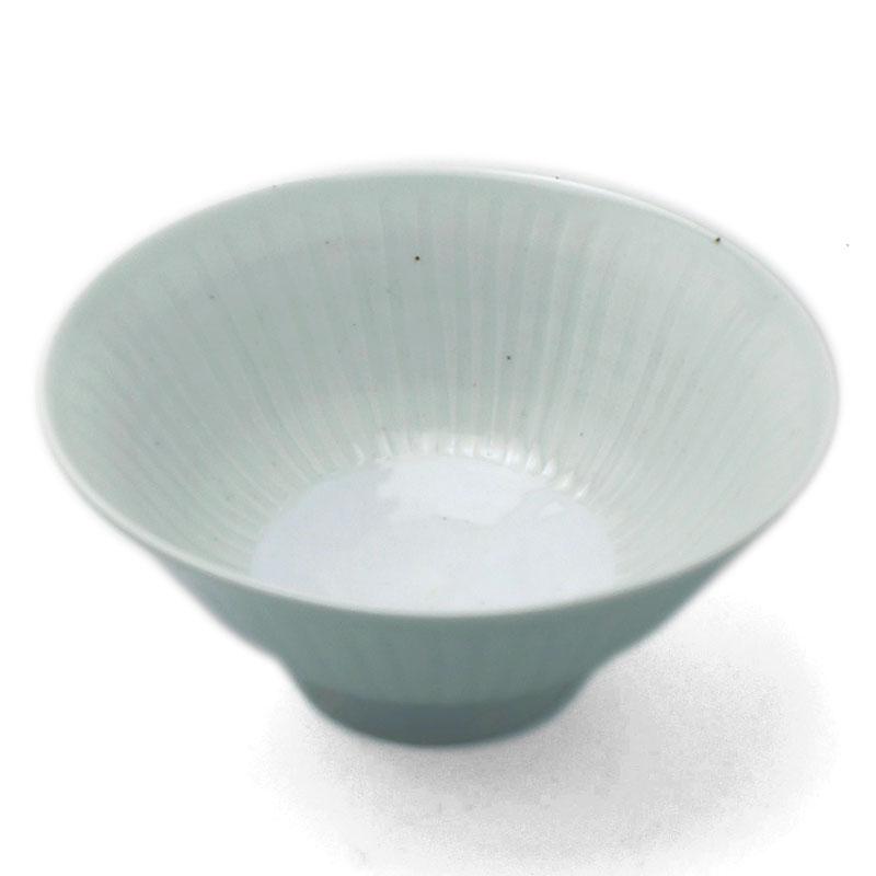 白磁:白瓷線刻飯碗・幾田晴子