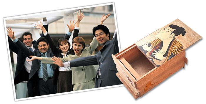 海外出張時のお土産、海外留学、ホームステイのお土産など外国人へのプレゼントにどうぞ。