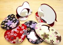 手鏡 ハンドミラー 鏡 かわいい コンパクトミラー 日本製 誕生日 プレゼント 女性 ギフト 母の日