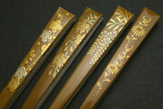 季節の花モチーフ白竹の末広
