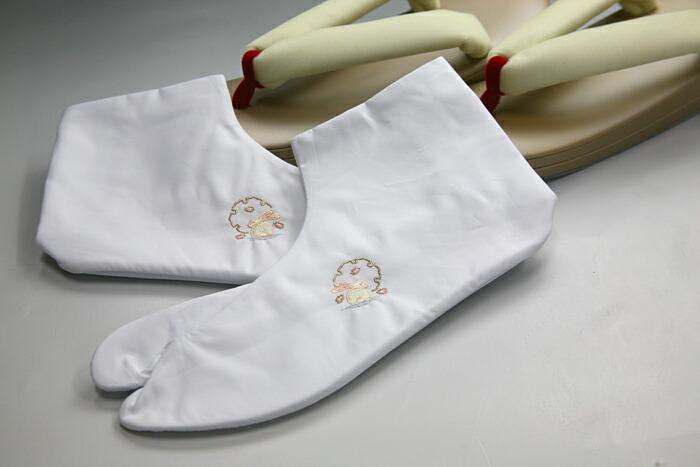 うさぎの刺繍入り白足袋
