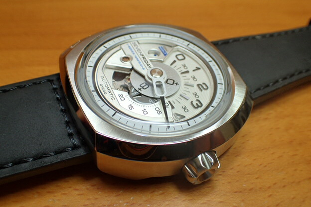 セブンフライデー腕時計