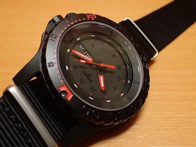 トレーサー腕時計