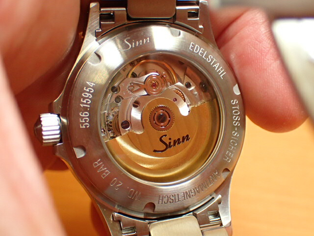 ジン 556 腕時計