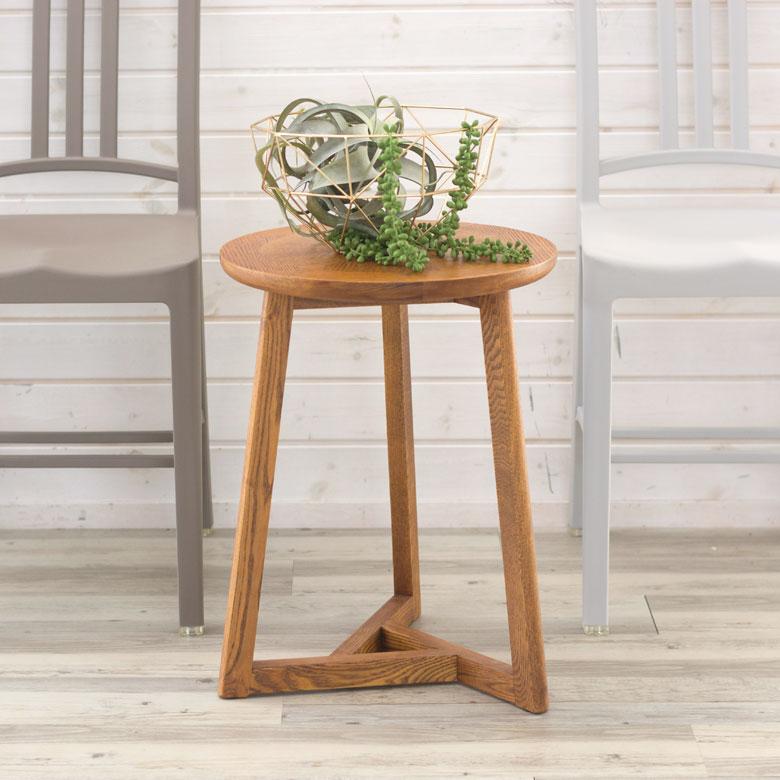天然木のサイドテーブル
