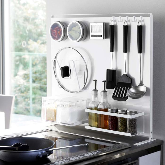 キッチン自立式スチールパネル タワー 縦型