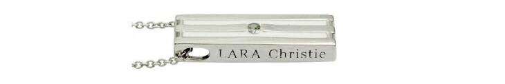 ブランド LARA Christie(ララクリスティー)のオリンピア ネックレス(ホワイトレーベル)のブランドロゴの刻印。