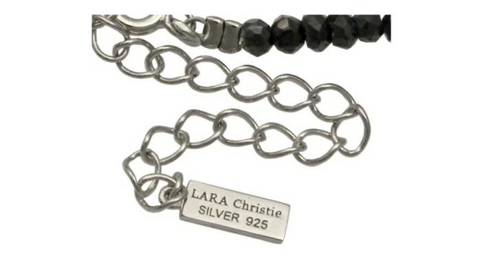 ブランド LARA Christie(ララクリスティー)のブラック スピネル ネックレスの刻印。