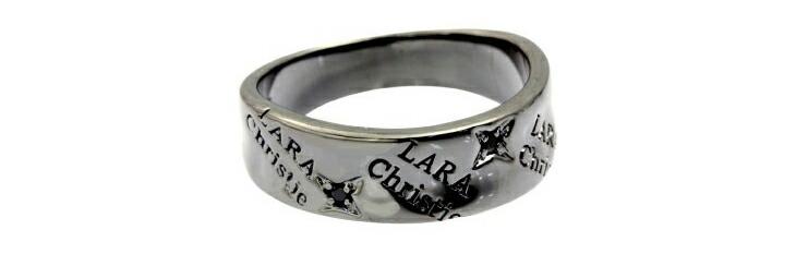 ブランド LARA Christie(ララクリスティー)のバベル リング(ブラックレーベル)の刻印。