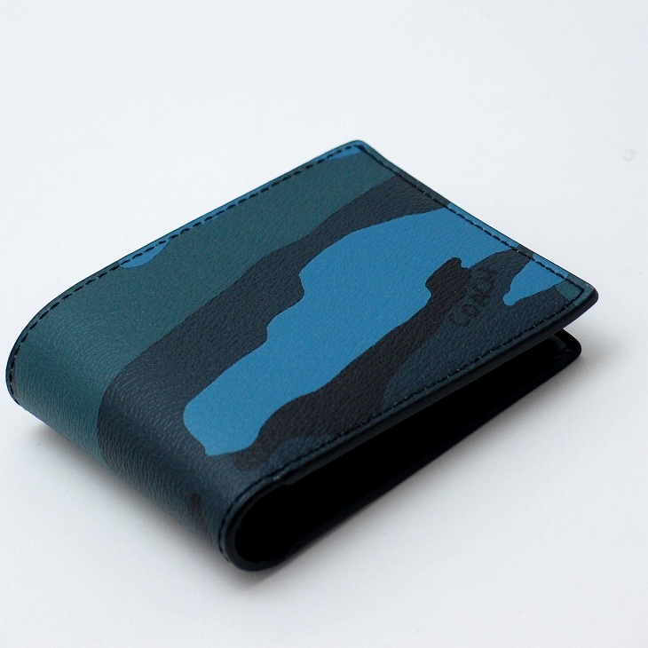 fc846246c306 コーチ(COACH)。行きつくところは迷彩です。 これぞちょい不良。極上レザー二つ折り財布。