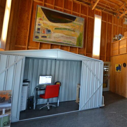 ユーロ物置3014F2シルバー木製床セット(物置本体+木製床+木製床用アンカー)三角屋根二枚扉