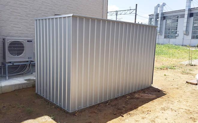 ユーロ物置 1530SQ1 シルバー 物置本体のみ (床なし+アンカーなし) キューブ型 片側開き戸_使用・設置イメージ05